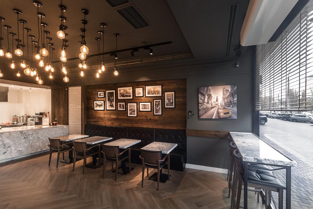 2017-11-10-Pegas-Burger-Cafe-5877-web.jpg